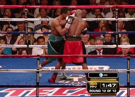 Floyd Mayweather hip crush