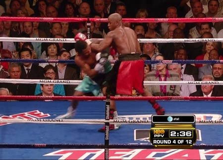 Mayweather forearm crush